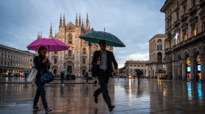How the weather forecaster job is changing: from atmospheric scientist to top manager and climate strategist - Milan, Duomo square: a rainy day - Alessandro Gandolfi/Parallelozero