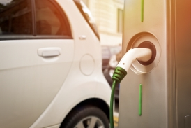 2016 could be the year of the electric vehicles: incentives and technological research will decide the future of the go green movement